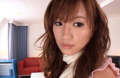 Rio Fujisaki Asian has juicy behind revealed under vagina scanty. Japanese beauty Rio Fujisaki