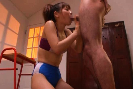 Saki Yuzumoto Asian sucks snake of the sports teacher to skip gym. Japanese beauty Saki Yuzumoto