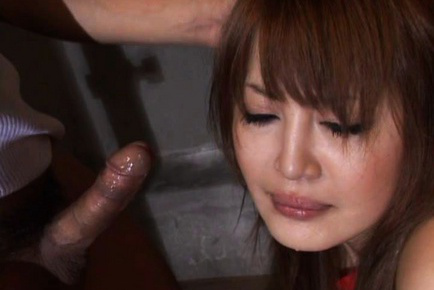 Momo Naughty girl kneels and inserts a dong in her mouth to suck. Japanese beauty Momo