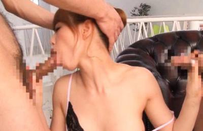 Akiho Yoshizawa with one tit revealed takes two shafts in mouth. Japanese beauty Akiho Yoshizawa
