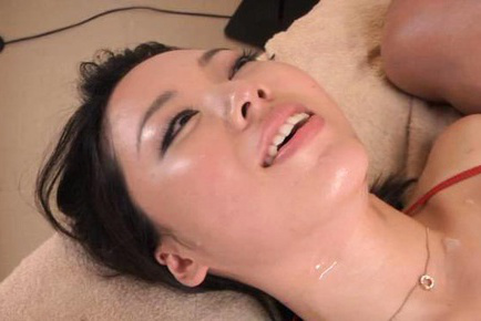 Japanese av model. Japanese AV Model busty rides cock next to
