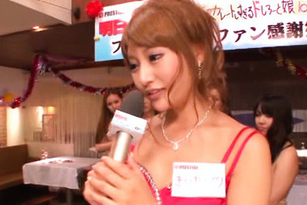 Japanese av model. Japanese AV Model takes interview and suc and