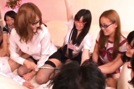 Japanese av model. Japanese AV Model and gals rub dick between cans and use dildo