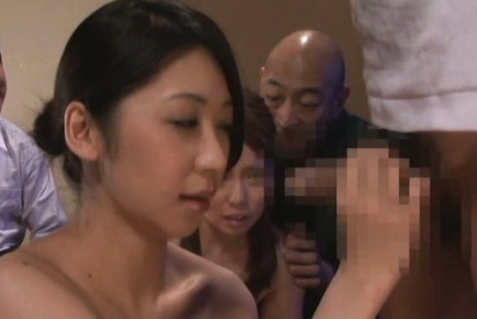 Japanese av model. Japanese AV Model strokes dong and kisses other doll in orgy