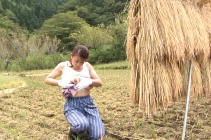 Ayano murasaki. Ayano murasaki Asian with big tits urinates in garden she cares