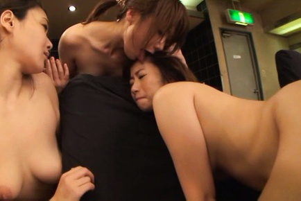 Japanese av model. Japanese AV Model licking cunt and masturbating with friends