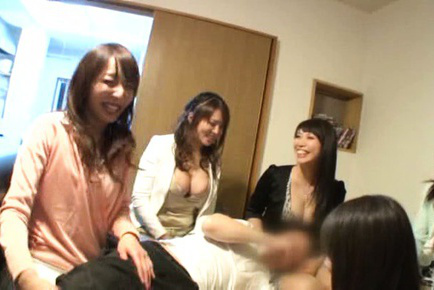 Japanese av model. Japanese AV Model smiling and showing boobs to strangers
