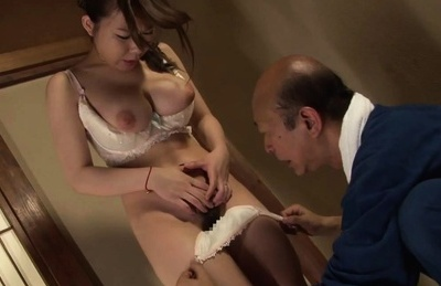 Iroha Suzumura JP hotty in lingerie has perfect round arse licked. Japanese beauty Iroha Suzumura