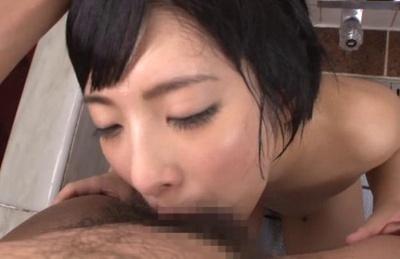 Mao Hamasaki Asian girl gives a hot blowjob in the tub with date. Japanese beauty Mao Hamasaki