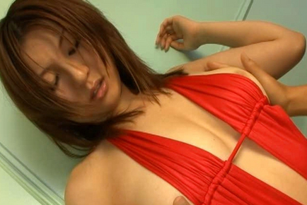Yui Tatsumi Asian has juicy boobies and naughty poop in red lingerie. Japanese beauty Yui Tatsumi